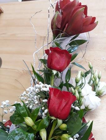 Kvety Darinka - kytica - červené ruže